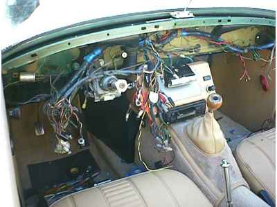 interior_nodash_with_radio 1973 mg midget interior the rebuild mg midget wiring harness at aneh.co